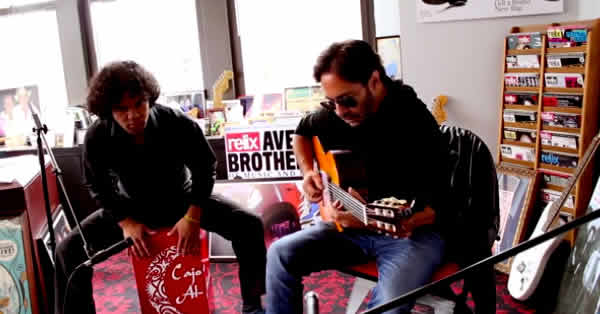 imagen de al di meola grabando all your life disco de jazz tributo a the beatles